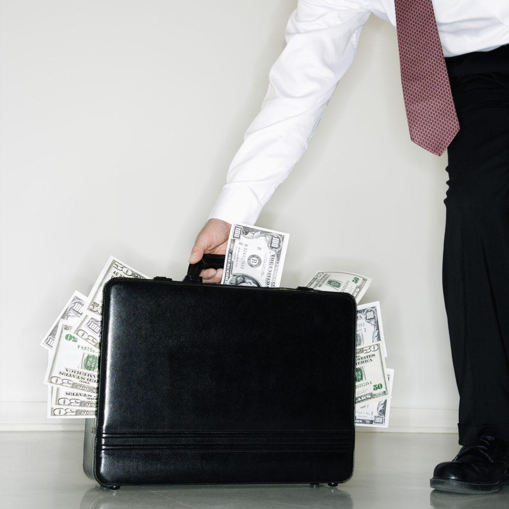 Man stealing money during divorce